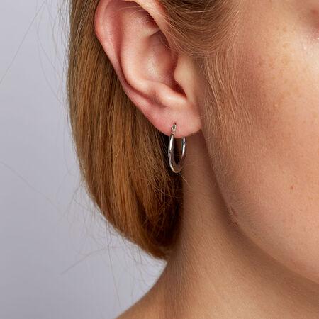 Hoop Earrings in 10kt White Gold