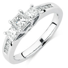 Engagement Ring with 1 1/2 Carat TW of Diamonds in 14kt White Gold