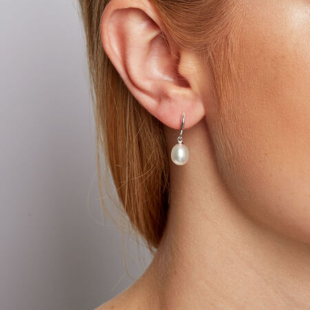 Drop Earrings with Cultured Freshwater Pearl in Sterling Silver