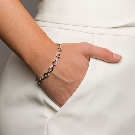 Bracelet with 1/8 Carat TW of Diamonds in Sterling Silver