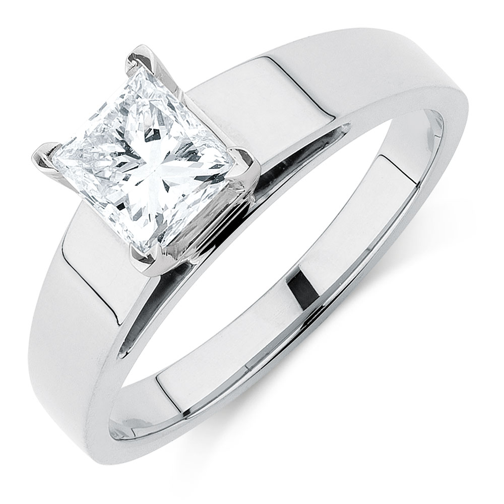 Solitaire Engagement Ring with a 1 Carat Diamond in 14kt ...