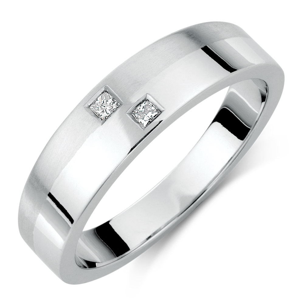 Mens Ring with Diamonds in 10kt White Gold