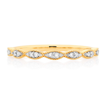 Wedding Band with 1/15 Carat TW of Diamonds in 10kt Yellow Gold