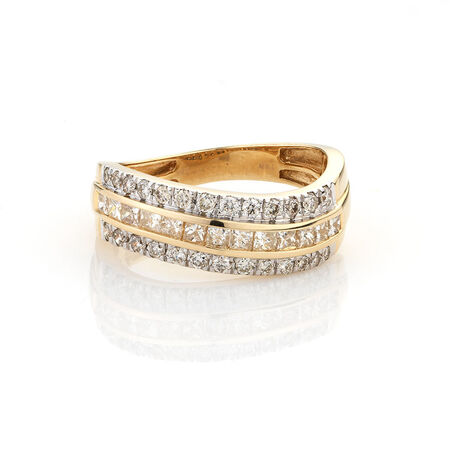 Online Exclusive - Diamond fashion Ring with 0.85 Carat TW of Diamonds in 10kt Yellow Gold