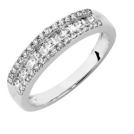 Ring with 1/2 Carat TW of Diamonds in 10kt White Gold
