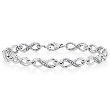 Bracelet with 1/6 Carat TW of Diamonds in Sterling Silver