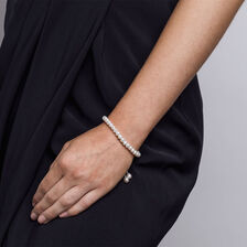 Adjustable Bracelet with Cultured Freshwater Pearls in Sterling Silver