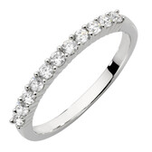 Ring with Cubic Zirconias in Sterling Silver