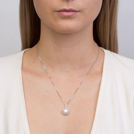 Pendant with Cultured Freshwater Pearl & Cubic Zirconia in Sterling Silver