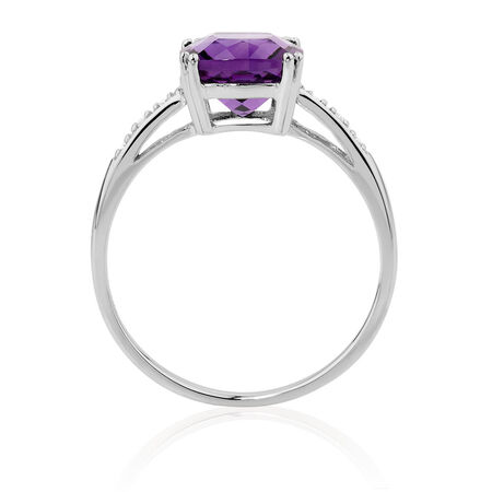 Ring with Amethyst & Diamonds in 10kt White Gold