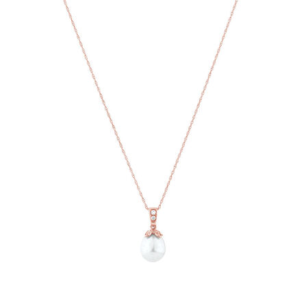 Pendant with Diamonds & Cultured Freshwater Pearl in 10kt Rose Gold
