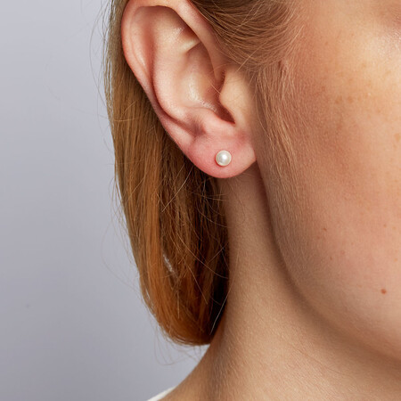 Stud Earrings with 4mm Cultured Freshwater Pearl in 10kt Yellow Gold