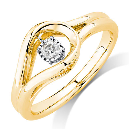 Everlight Ring with a 1/6 Carat TW Diamond in 10kt Yellow Gold