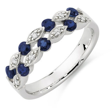 Ring with Sapphire & Diamonds in 10kt White Gold