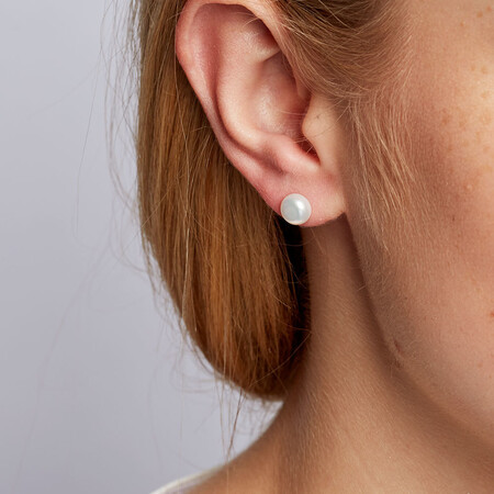 Stud Earrings with 7mm Cultured Freshwater Pearl in 10kt Yellow Gold