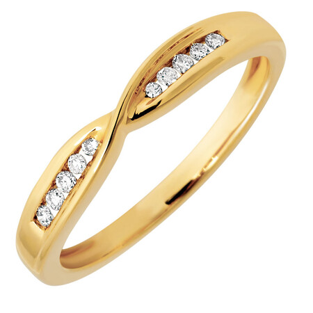 Wedding Band with 1/10 Carat TW of Diamonds in 10kt Yellow Gold