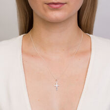 Cross Pendant in 10kt White Gold